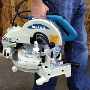 The Makita 10-Inch Compound Miter saw has great portability